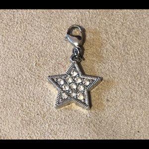 Price🔽! Clip on crystal star charm